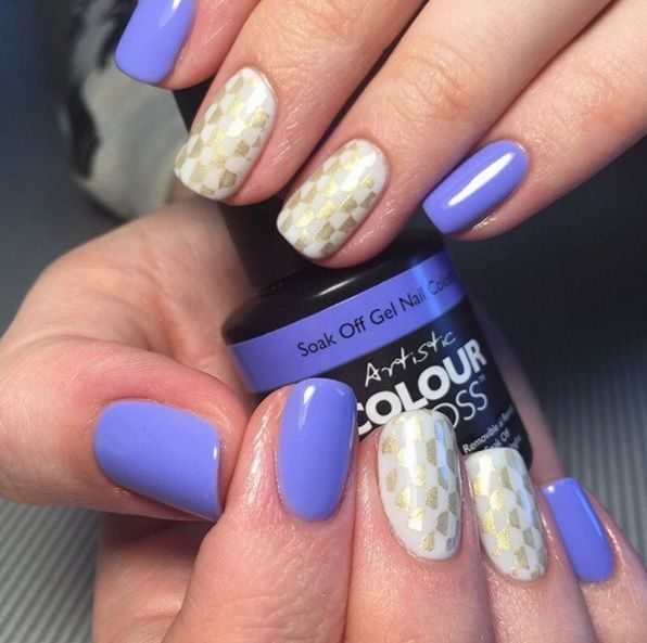 Pastel Nails using Artistic Colour Gloss Aim To Chill available at Louella Belle #ArtisticColourGloss #Pastel #PastelNails #NailArt #Nails #Manicure #LouellaBelle