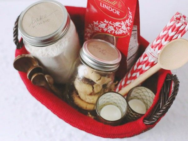 The Ultimate Christmas Cookie Gift Basket by @cydconverse