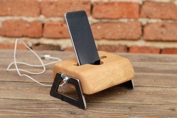 Wooden iPhone docking Station DIY Phone holder  by WoodRestart