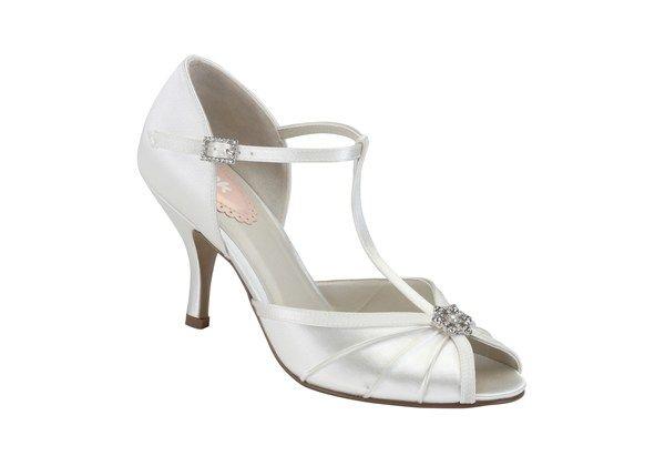 Vintage-inspired bridal shoes - Pink Shoes at Paradox London