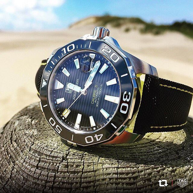 A fun-filled beach vacation wouldn't be complete without the right equipment. Be sure to pack your TAG Heuer Aquaracer Calibre 5 to enjoy…