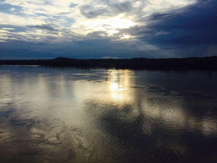 Sunset at Mekong River Stung Treng city Cambodia. [OC] [3264 x 2448]