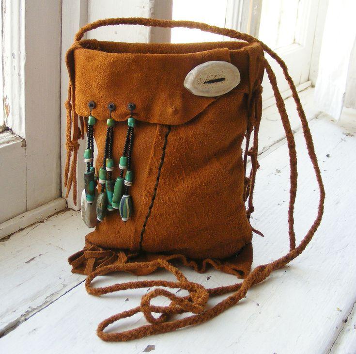 MOUNTAIN MAN Trapper rendezvous Medicine Bag reenactment. $69.00, via Etsy.