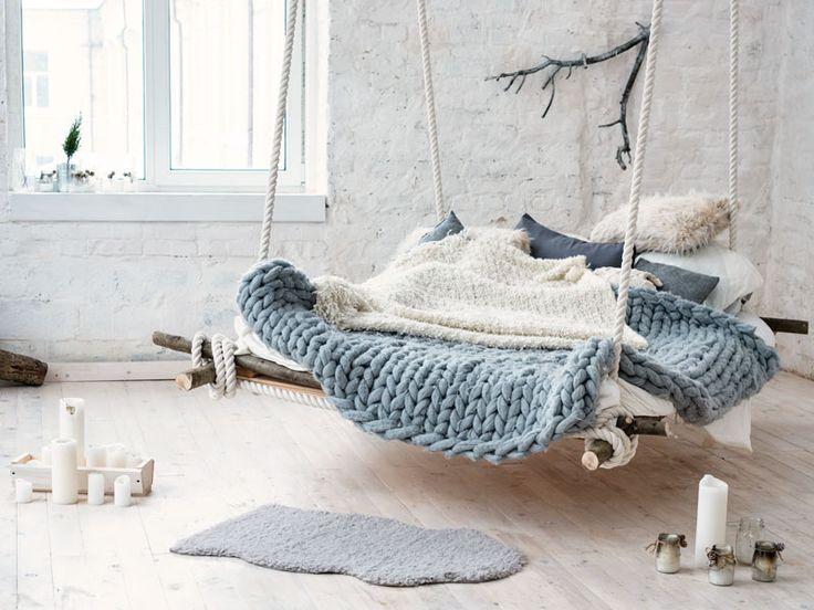 Zawsze marzyłam o huśtawce w salonie… ale z drugiej strony, takie łóżko jest jeszcze fajniejsze :)