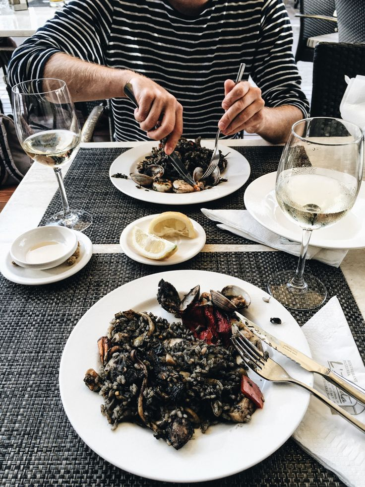 The 5 best places to eat in Mallorca - teetharejade.com
