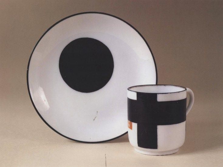 Nikolai Suetin, Suprematist plateware (1922-1928)