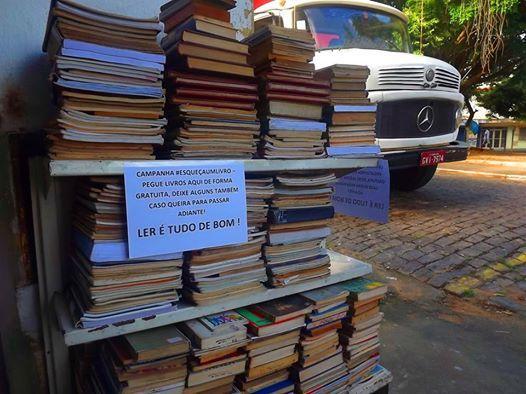 """Campanha """"Esqueça um Livro"""" continua na Praça do São Cristovão"""