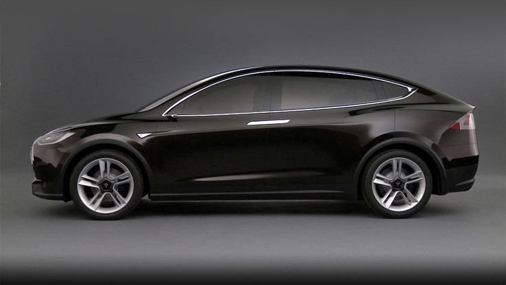 Model X is designed from the ground up to blend the best of an SUV with the benefits of a minivan, as only an electric car can. It is an automobile above category, built around the driver—and six of her friends. It artfully provides unfettered performance and brilliant functionality.