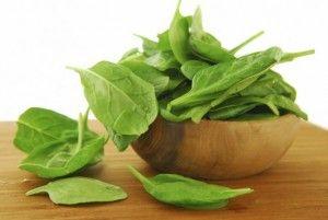 espinacas-  8 alimentos que jamás debes calentar en el microondas -fuente notilogia