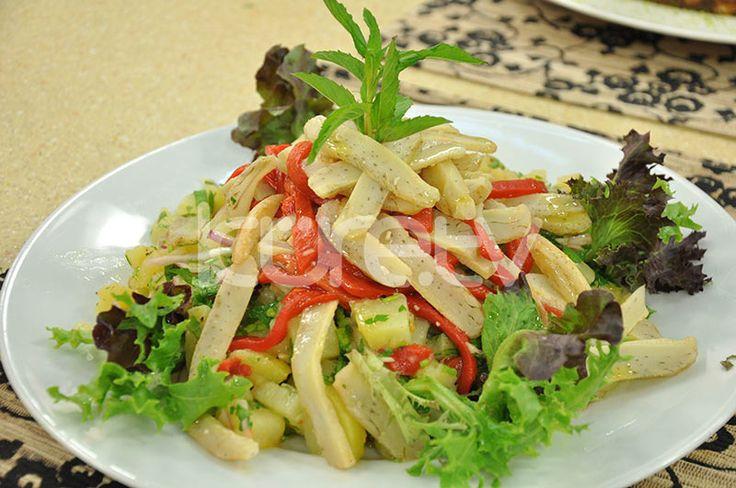 Enginarlı Patates Salatası #EnginarSalatası #PatatesSalatası http://www.kure.tv/foto-galeri/enginarli-patates-salatasi/1