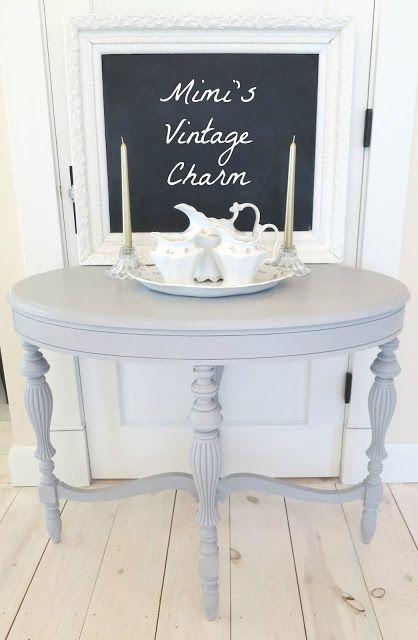 Mimi's Vintage Charm did a wonderful job on this pretty table!  Paris Grey Chalk Paint® Decorative Paint by Annie Sloan