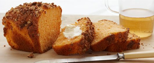 Orange Streusel Loaves. Escape the everyday with this spongy, tangy loaf topped with a cinnamon and pecan streusel and glaze. #DuncanHines