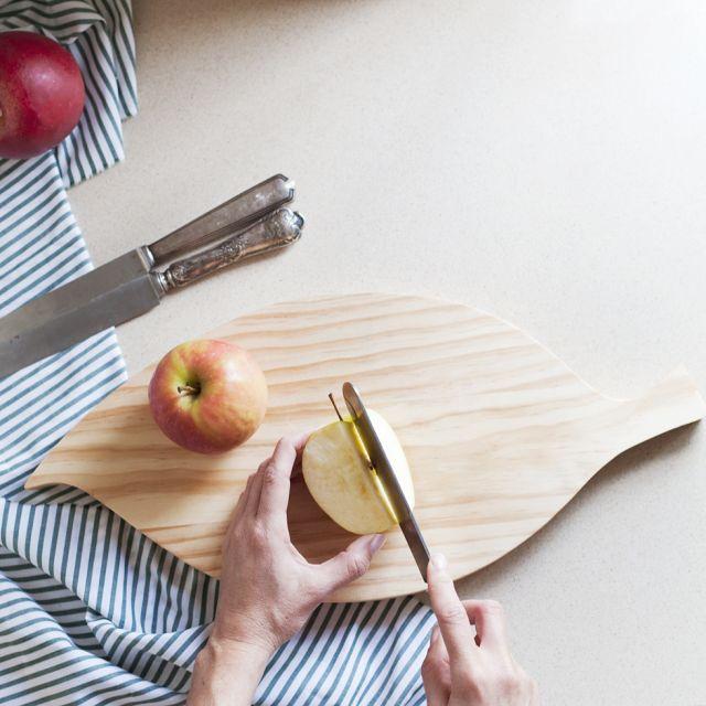 Tabla de madera para cortar con diseño de hoja ovalada - Inuk Home