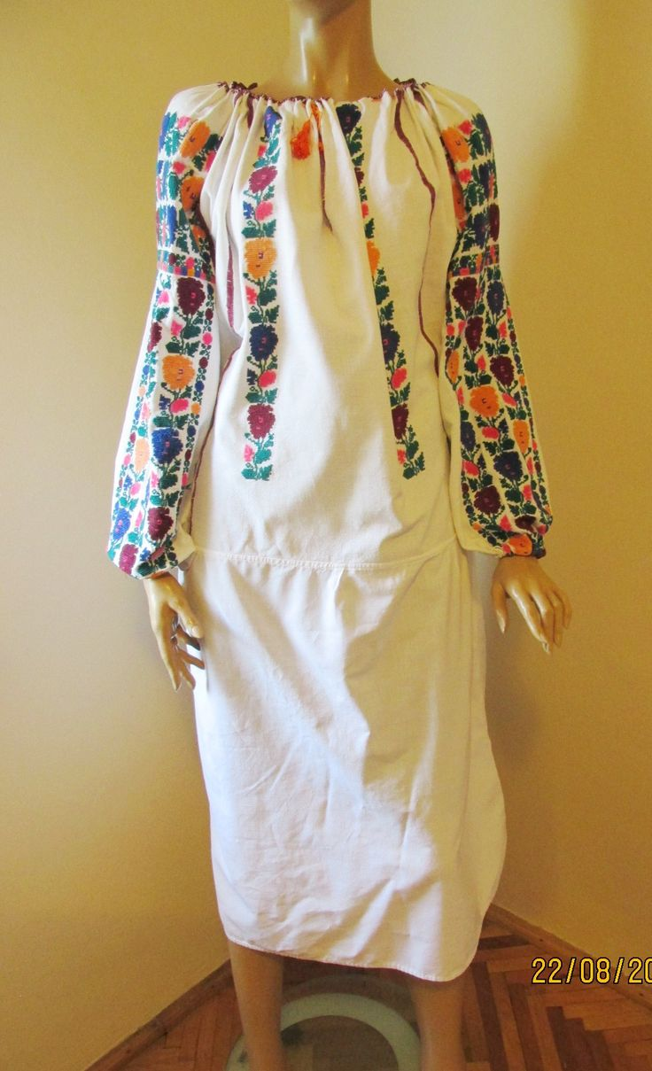 Splendid vintage Romanian traditional blouse from Moldova.Available at www.greatblouses.com
