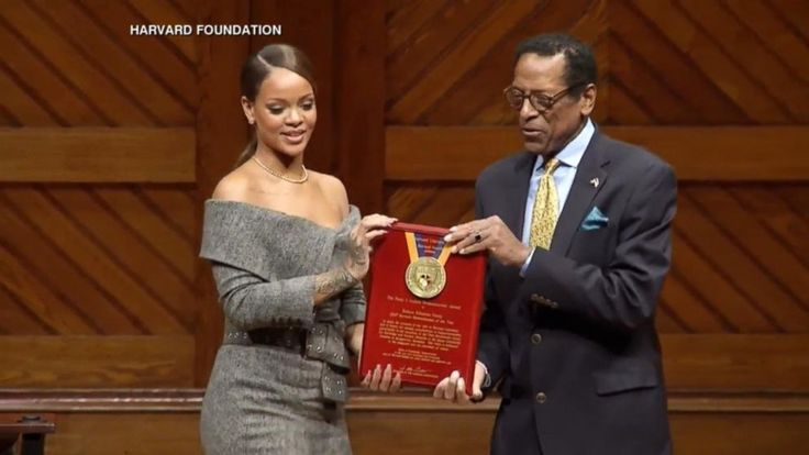Rihanna accepts Harvard's humanitarian award with heartfelt speech - ABC News