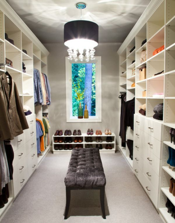 How To Arrange Your Walk In Closet... I like the light fixture to fancy up the space