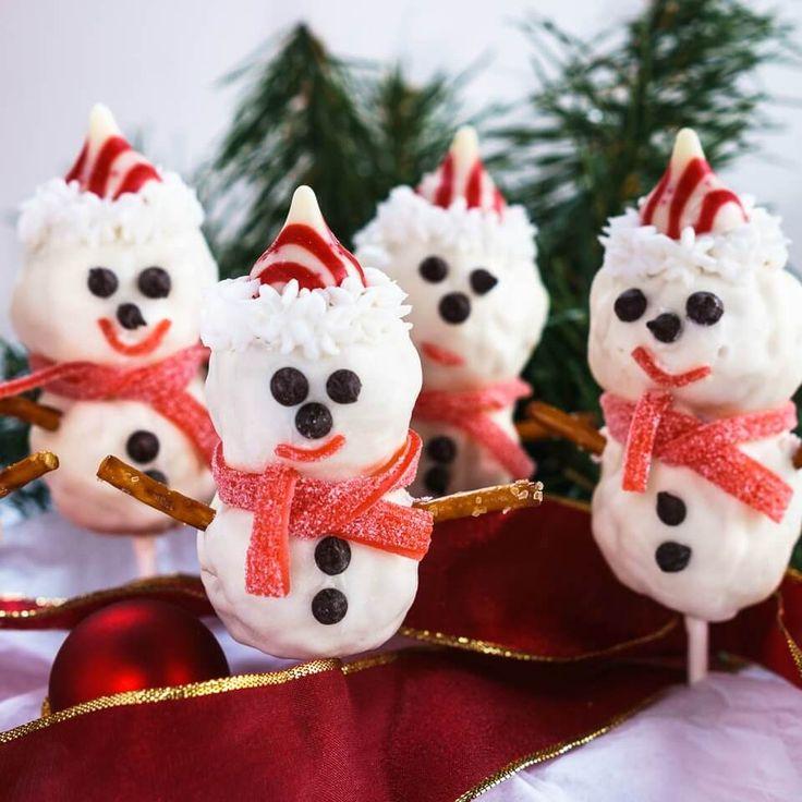Rice Krispie Snowman Pops & Cookies