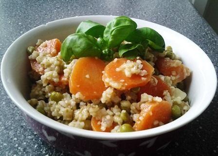 Risotto med perlespelt, gulerødder og ærter