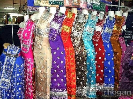 traditional laos outfits   Traditional Lao dress. These are very elegant. Can they design yoga ...