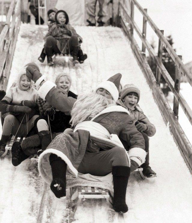 26 фото с советским Дедом Морозом из 70-х - 80-х годов