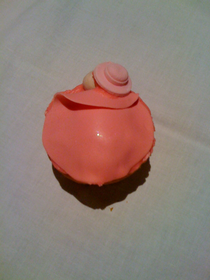 Baby Cakes. Great for baby showers and so very simple!