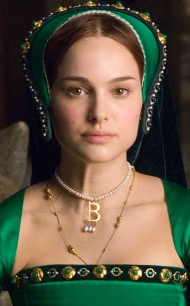Collar B  de Ana Bolena - Natalie Portman en The Other Boleyn Girl