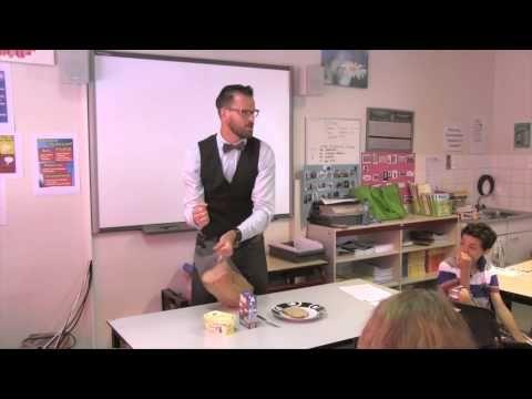 Olaf de Robot - YouTube