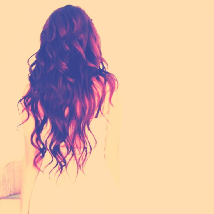 i am seriously obsessed with wavy long hair