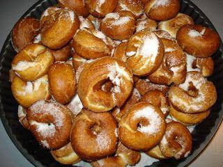 Estas son las rosquillas de mama que nos hacian cuando eramos pequeñitos, son algo laboriosas pero merecen la pena. Ingredientes: - ...
