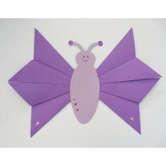 #Schmetterling falten   Wir zeigen dir wie Du mit Kindern einen Schmetterling basteln kannst. Die Anleitung zur Bastelidee gibt's hier: http://www.trendmarkt24.de/bastelideen.schmetterling-falten.html#p
