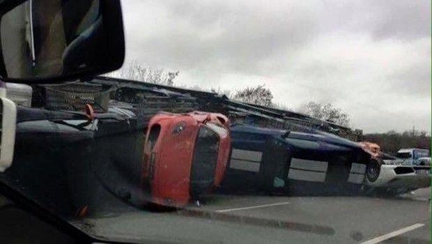 Teve acidente com carros exóticos, versão de despedida do Land Rover Defender, comerciais do Superbowl e mais