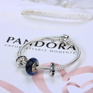 Bransoletka Do Charmsów  [Pandora Promocje]Bransoletka Pandora38  [Pandora Promocje]Bransoletka Pandora38 w atrakcyjnych cenach – odkryj nową kolekcję złotych, srebrnych i skórzanych bransoletek – celebruj swoją kobiecość z biżuterią Pandora.  568 zł 62% zniżki  Kliknij: http://www.xn--pandorabiuteria-qkd.com/bransoletka-do-charms%C3%B3w.html