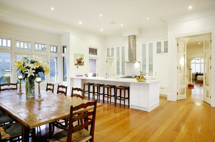 Kitchen, open plan living, dinning, white walls  Family living, home renovation,  Constructed by Classic Projects