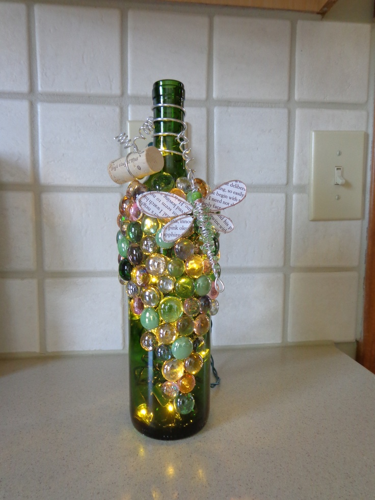 Lighted Wine Bottle: Altered Bottle, Wine Bottle Crafts, Lights Wine Bottle, Beautiful Bottle, Bottle Lights, Bottle Ideas, Bottle Creations, Bottle Decor, Lighted Wine Bottles