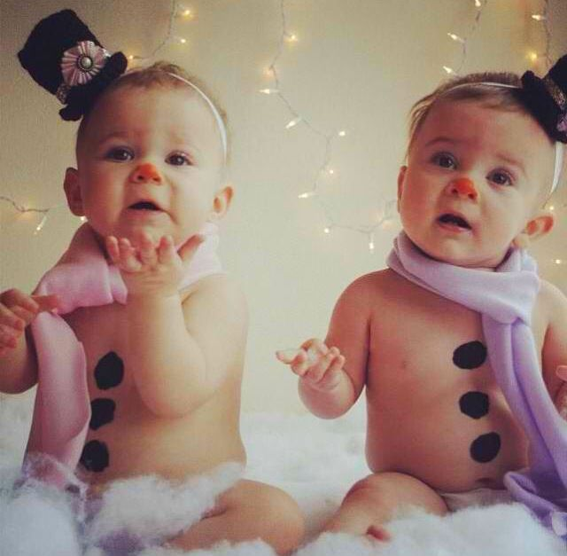 Picture Ideas With Twins: Holiday Cards With Twins And Multiples! Www