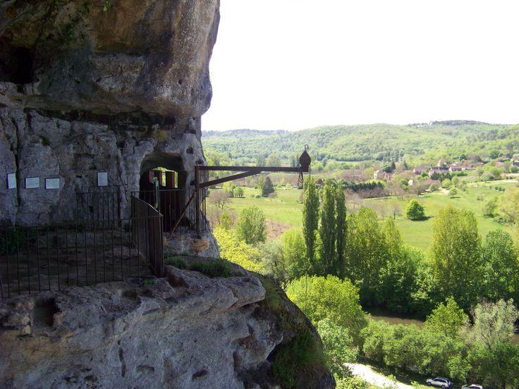 Les grottes abris et gouffres du Périgord Noir