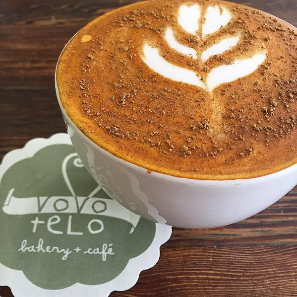Is it tea time already? Nothing beats a red cappuccino - have you tried it? #rooiboscappuccino #rooibosespresso #redespresso