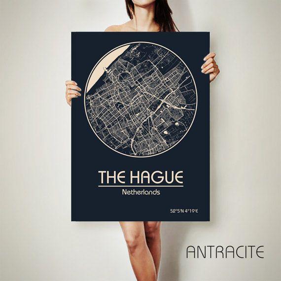 Den Haag Nederland CANVAS kaart Den Haag Poster stad kaart Den Haag Art Print Den Haag poster art Poster Den Haag kaart kaart Den Haag  Krijgen een korting op deze kaart! Alle aanbiedingen, klik hier: https://www.etsy.com/shop/ArchTravel?ref=hdr_shop_menu&section_id=19169258  ♛COLORS, KWALITEIT EN DETAILS: ★Impressive hoog gedetailleerde kaart ★Stylish BAUHAUS-ontwerp! ˜ … the DIEPE RIJKE KLEUREN! ★Best kwaliteit. Fantastische look!  ♛MATERIAL: ★Printing op ...