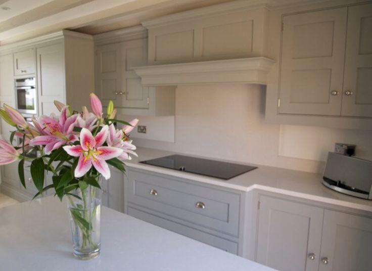 Tom Howley kitchen with Silestone work tops (Yukon)