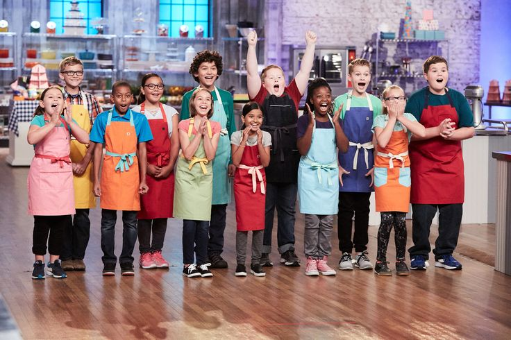 The competitors of Food Network's Kids Baking Championship