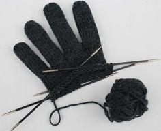 Fingerhandschuhe stricken: Wir stricken die perfekten Fingerhandschuhe! Mit dieser Gratisanleitung klappt es am besten!