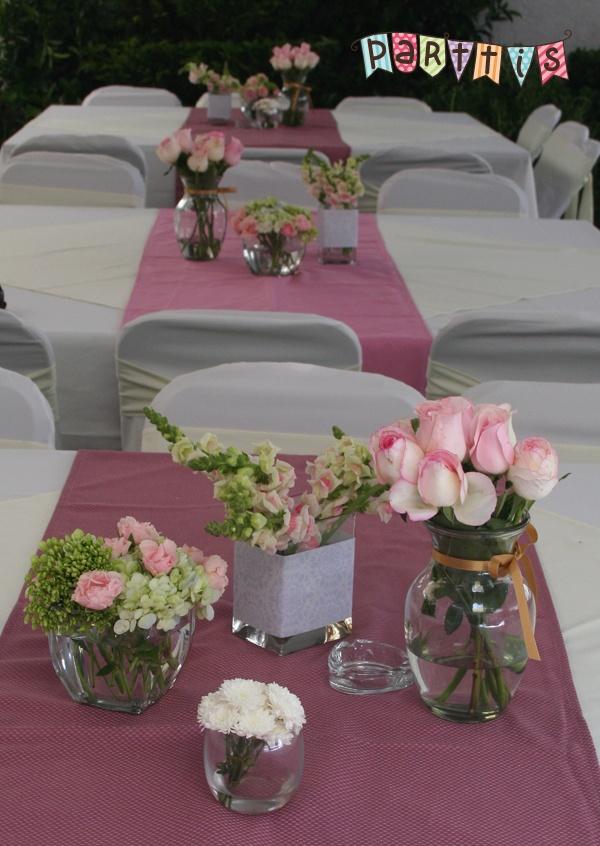 PARTTIS: Renta de sillas y mesas para eventos