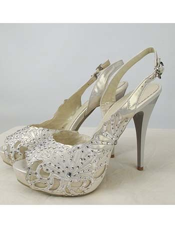 Ivory Rhinestone Studded P Toe Bridal Shoes
