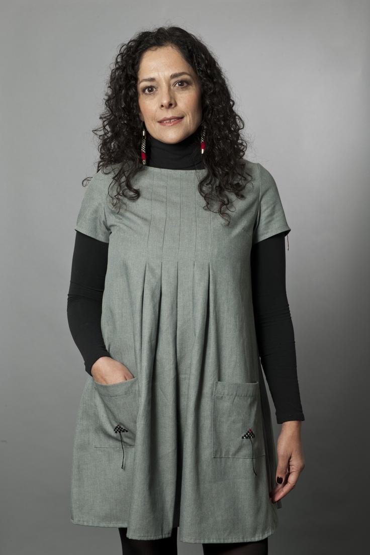 Short Dress with Designs Inspired by the Checkered Unku Inka/Vestido corto con diseños inspirados en el unku inka ajedrezado
