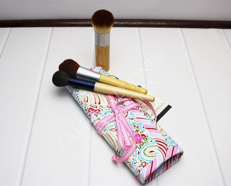 Excited to share the latest addition to my #etsy shop: Cosmetic Brush Roll - Floral Brush Roll - Makeup Brush Case - Travel Brush Holder http://etsy.me/2FklFjW #bagsandpurses  #makeupbrushholder #cosmeticbrushroll #makeupbrushes #tanyawhelan