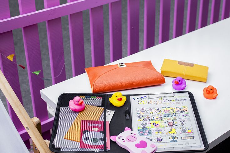 notebook, notes, ducks, iphone, iphone case, bag, fashion, colorful, photo: Zenja blog
