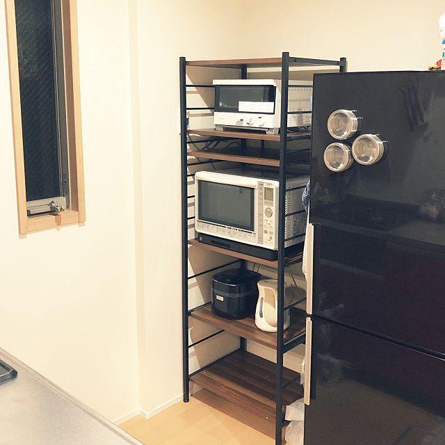 炊飯器やレンジはどこに置く キッチン家電の置き方実例 小さなキッチンのリフォーム キッチンの装飾 小さなアパートのキッチン