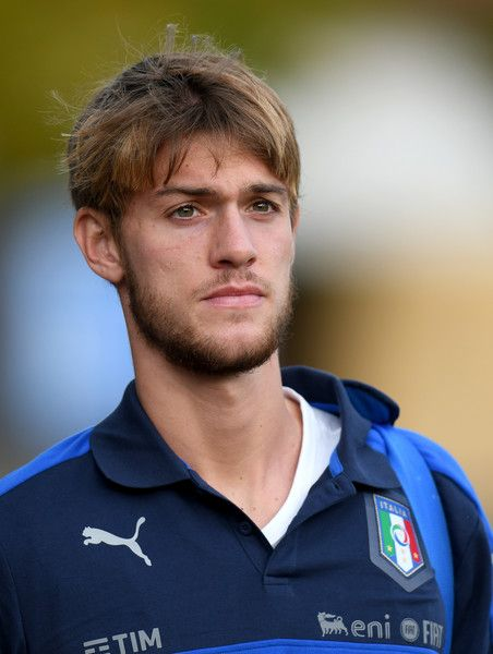 Daniele Rugani of Italy looks on prior to the training session at the club's training ground at Coverciano on November 7, 2016 in Florence, Italy.