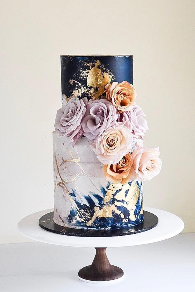 Metallic-Hochzeitstorte sieht an Feiertagen zu jedem Thema luxuriös aus ….   – Hochzeitsmesse