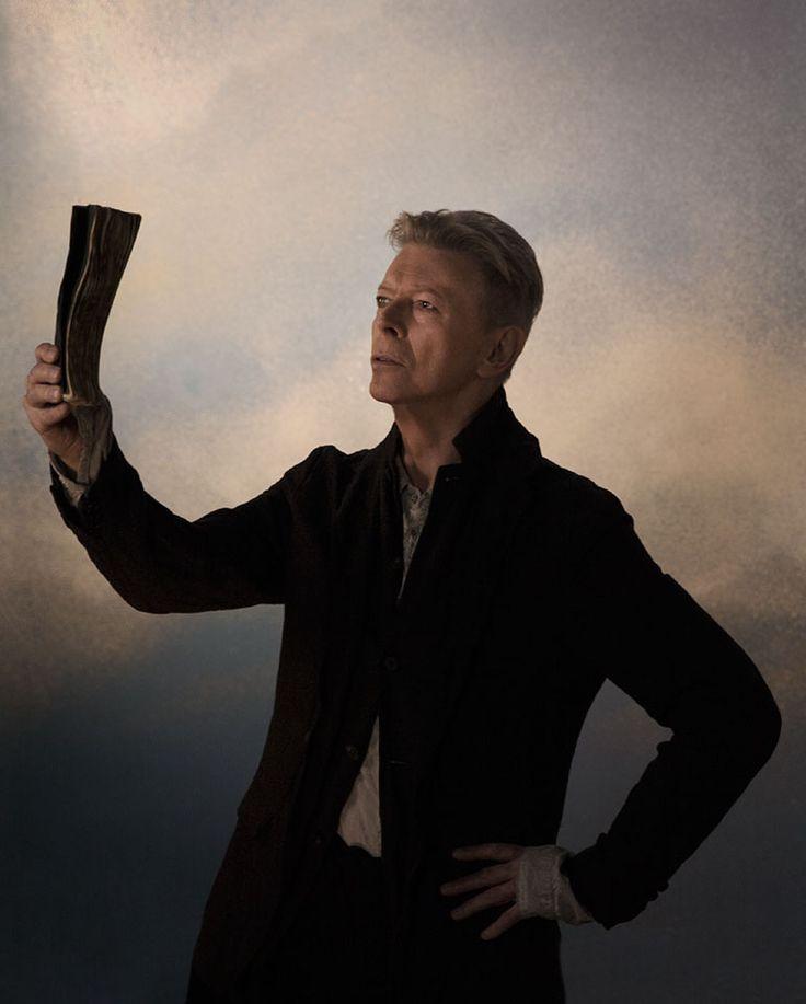 ★ - David Bowie 2016